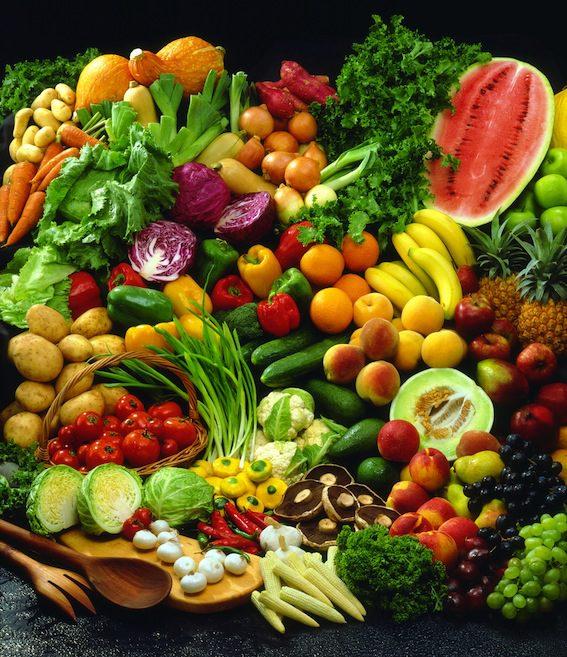 Raw jídelníček skýtá široké spektrum potravin.