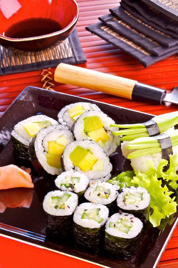 Nori je nezbytnou surovinou pro výrobu sushi.