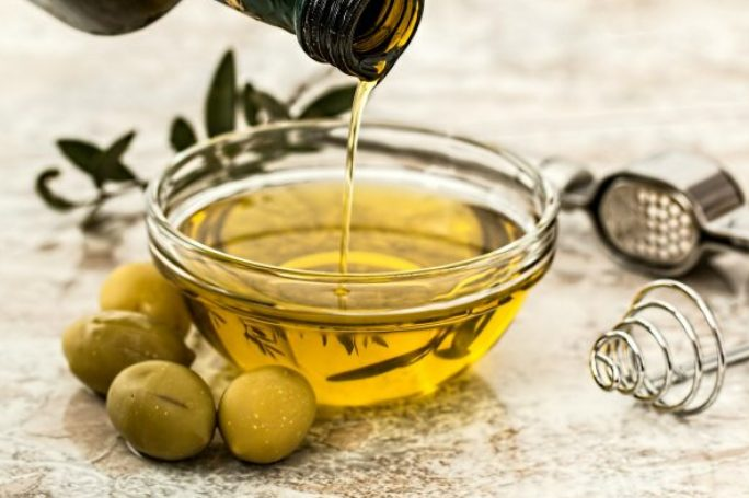 Olivový olej posiluje játra.